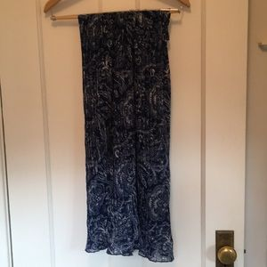 Blue pleated skirt perfect for dancing
